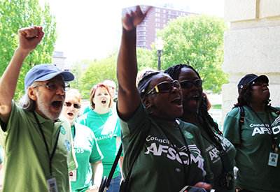 Back pay bill passes House & Senate - AFSCME Council 31